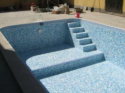 Как облицовывают бетонный бассейн