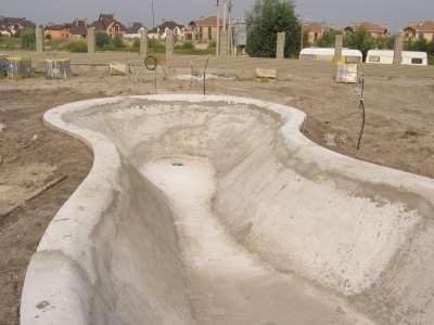Как бетонируют бассейн