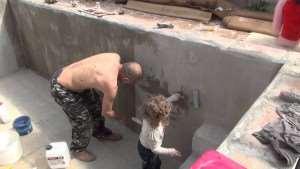 Как сделать бассейн своими руками (видео)