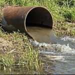 Причины загрязнения водоемов