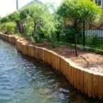 Как укрепить берега водоема