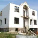 Особенности, которые предусматривает строительство монолитных домов под ключ