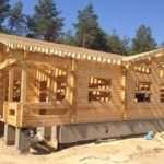 Что нужно знать при строительстве сруба из бруса
