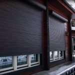 Более эстетичный и защищенный фасад с помощью рольставен