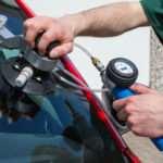 Особенности ремонта автомобильных стекол