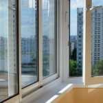 """Специалисты компании """"LasFin"""" предлагают услугу остекления балконов и лоджий"""