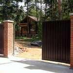 Откатные раздвижные ворота: плюсы и минусы