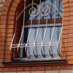 Виды решеток на окна и советы по выбору