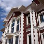 Преимущества применения фасадного декора из пенополистирола