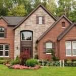Тонкости самостоятельного строительства дома из кирпича