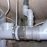 Как происходит монтаж канализации в частном доме?
