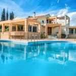 Сказочная мечта и доступная реальность – это комфортная и уникальная недвижимость в Греции