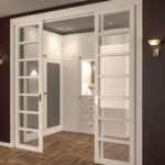 Раздвижные двери – идеальный вариант для небольшого пространства