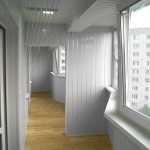 Отделка балкона дешево и сердито – какой материал выбрать