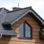 Особенности монтажа водосточных систем на деревянных домах