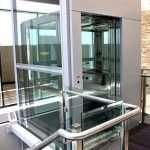 Панорамный лифт – роскошное украшение любого коттеджа