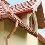 Выбираем долговечную и надежную водосточную систему для дома