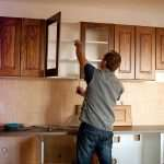 Реставрация кухонных фасадов из массива дерева