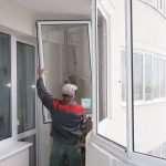 Основные этапы работы по остеклению балкона своими руками