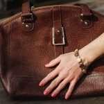 Методы реставрации кожаных сумок