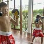 Польза в уличных условиях от кикбоксинга для детей