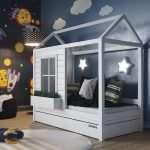 Кровати-домики — настоящий замок для детей
