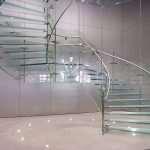 Стеклянные лестницы – красивые и необычные конструкции