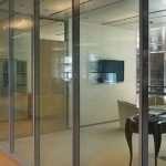 Стиль стеклянных перегородок для офиса