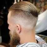Качественная стрижка и бритье в барбершопе «Гусары»